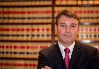 Director Área Contencioso y Tribunales